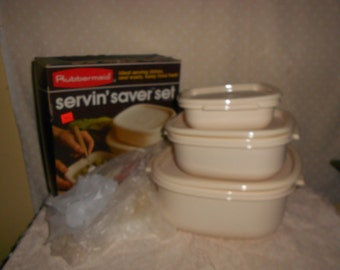 Rubbermaid  Bowl set of 3 New old stock