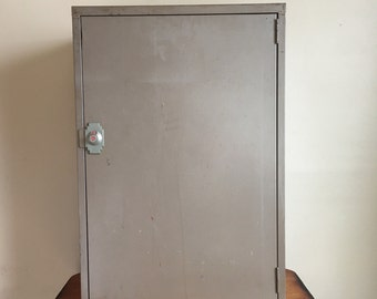 1965 Mid Century Mini-Vault Metal Storage Cabinet. Mini-Vault Co., New York with Original Paperwork.