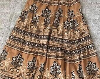Vintage Hippie Boho Tiered Cotton Skirt -- 1970's -- Size L-XL