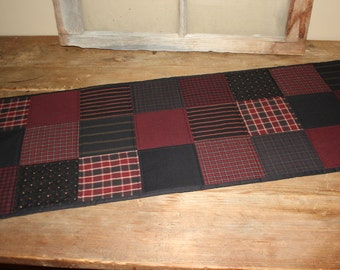 Red patches quilted table runner