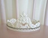 Soldered Crown white
