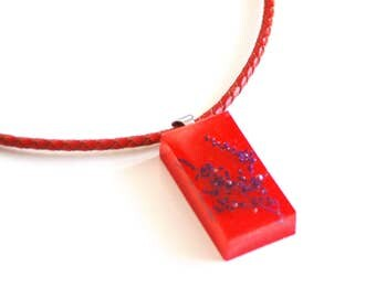 Red Resin Flower Necklace- Resin Jewelry-Resin Necklace-Mother's day Gift-Red resin Flower pendant- Gift for Her-Red Resin pendant Necklace-