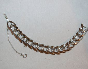 Vintage / Coro / Silver Tone / Bracelet / Link / Safety Chain / Signed / Designer / old jewelry / jewellery