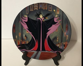 Disney Maleficent Collector Plate, 2nd Issue, Notorious Disney Villains,The Bradford Exchange, Plate Hanger Included, Vintage 1993