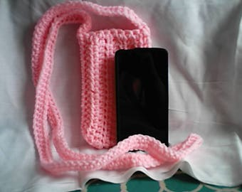 Cross Body Cell Phone Pouch Pink Crochet