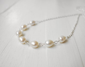 White freshwater pearl necklace short chain necklace minimalist pearl lover gift for her