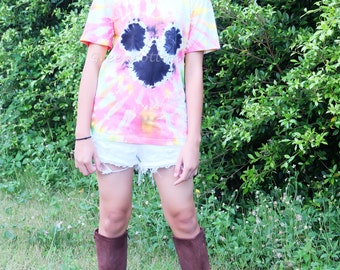 SALE - SIZE S - Mickey Mouse Tie Dye Shirt Hippie Tshirt Unisex T-shirt Blue Festival Clothing Trippy Psychedelic Mens Clothing
