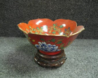 Chinese flower shaped bowl