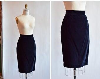30% OFF storewide // Vintage 1980s BYBLOS midnight blue velvet pencil skirt