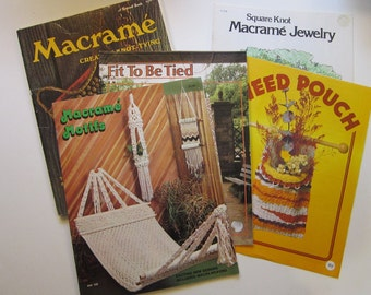 6 vintage books and booklets - MACRAME books - circa 1970s