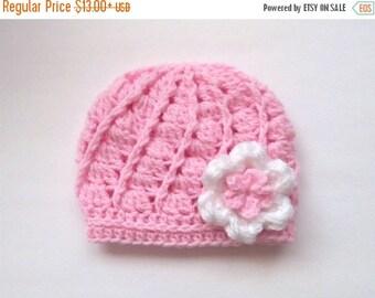 ON SALE 15% SALE Newborn Baby Hat _ Crochet Baby Girl Beanie _ NewBorn Baby Girl Hospital Hat _ Photo Props Baby Hat