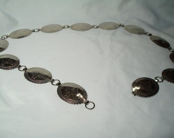 1992 Silver Tone CONCHO South Western Metal Belt.
