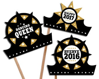 D.I.Y. Printable photo booth props: New Years Party Crowns