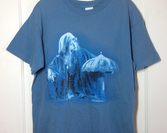 Vintage 1990's Stevie Nicks of Fleetwood Mac Enchanted Tour Rock Band T-shirt size Large 21x26 Gypsy faded blue