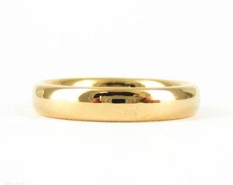 Art Deco 22 Carat Gold Wedding Ring. Court / Comfort Fit Ladies Medium Width Band. Circa 1930s, Size M / 6.25.