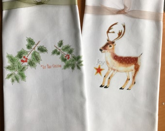 Kitchen Towels, Holiday Towel, Reindeer Towel, Holly Towel, Kitchen Decor, Holiday Kitchen Gift, Holiday Hostess Gift, Culinary Theme