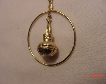 Vintage Abstract Bulb Pendant Necklace   16 - 760