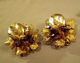Vintage Cluster Bead Clip Earrings Filigree Glass Beads Gold Gilt Flowers Leaves  8799
