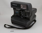 Vintage Polaroid OneStep Closeup Flash Camera with Sturdy case and strap, Tested It works, 600 Film, Excellent condition