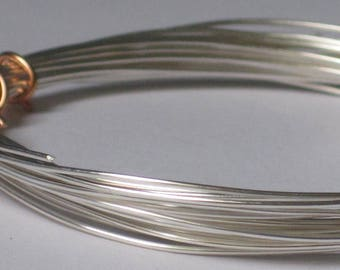 Non Tarnish Silver Color Jewelry Wire -- 24 gauge   (Qty 10 ft)    65-134