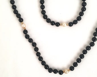 14K gold freshwater pearl and ebony bead necklace and bracelet set black bead and pearl strand 19 inches