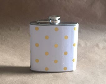 Bridal Party Gifts NEW Print White with Gold Polka Dots Print 6 ounce Stainless Steel Girly Gift Flask KR2D #WGPD6