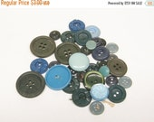 HALF OFF 35 Blue Green Buttons Vintage Plastic Buttons