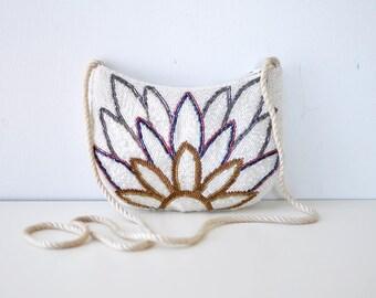 White Beaded Purse • Small Crossbody Bag • 80s Purse • Floral Purse • Evening Purse • Beaded Bag • Floral Bag • Vintage Bag   B866