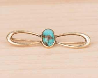 Lovely Turquoise and Yellow Gold Edwardian Bow Brooch Pin