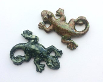 Ceramic Geko Lizard Magnet - Large Reptile Magnet, Nature Pottery, Tropical Magnets, Jungle office supplies, home decor.
