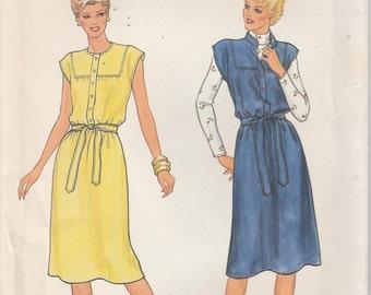 Dress Pattern Jumper Yoke Belt Button Misses Size 18 uncut Butterick 4204