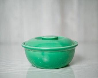 Green Kitchen Kraft casserole with lid, Homer Laughlin, Fiestaware