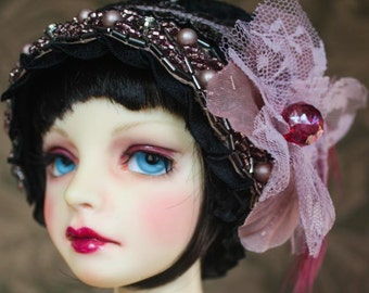 "Sweet Twenties Style ""It Girl"" Cloche Hat For Ball Jointed Dolls"
