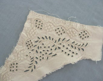 Vintage Handmade Lace Collar with Eyelet and Buttonhole Stitching - N