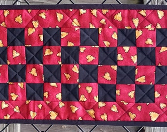 Mini Quit, Candle Mat, Perfect for the top of the Toilet Bowl  Handmade Quilted Home Decor, Great for bar top or small space in your home