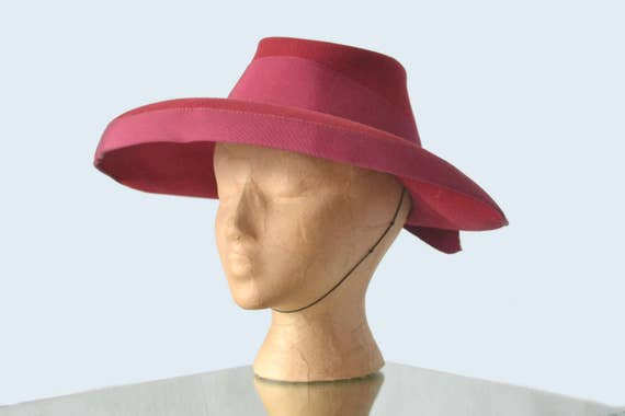 1930s Rose Wool Hat HOLD FOR KATRINE
