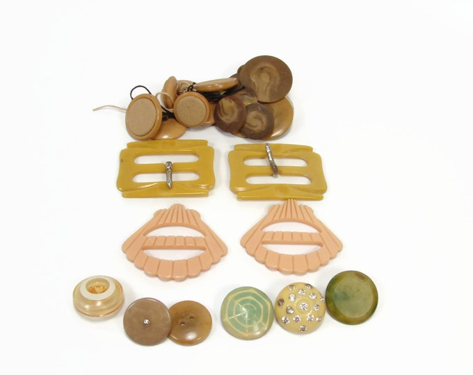 Vintage Button Clip Lot, Early Plastic, Carved Clips, Brown Swirl, Bakelite Celluloid, Lucite Plastic, Destash Lot, Repair Craft Lot