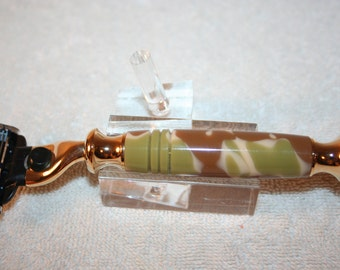 Handcrafted Razor Handle in a Desert Camo Acrylic for Gillette Mach 3/Venus Style in Bright Gold
