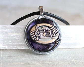 heather music necklace, musical jewelry, musical note, treble clef, music melody, musician gift, music lover, mens jewelry, mens necklace