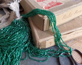 Old French glass beads green color Jewelry Fashion Costume embroidery #10