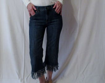 Levis High-Rise Petite Straight Cropped Fringe Jeans Straight Leg On-trend updated Repurposed Retro Jeans