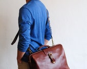 Artemis Leatherware Hand Stitched Leather Extra Large Doctor Bag/ Carry On Bag