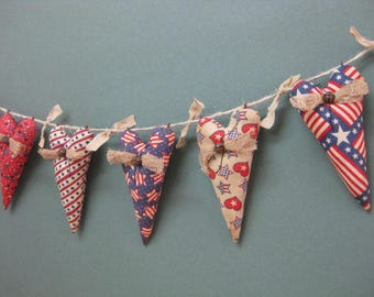 Primitive Americana Heart Garland - 5 Grungy Fabric Stuffed Hearts - Primitive Patriotic Decor - July 4th Red White & Blue Garland