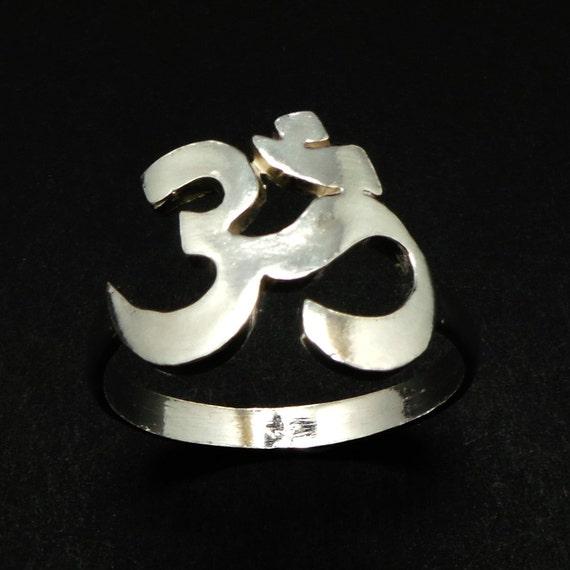 Om Mani Padme Hum Ring - Sterling Silver OHM AUM Jewelry - Meditation Yoga Zen Jewelry - Namaste Chakra Om Jewellery - Buddha Jewelry