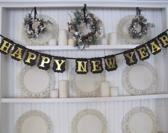 Gold Lettered HAPPY NEW YEAR Banner, New Year Sign, New Year Party Decoration, New Year Photo Prop, Happy New Years Sign