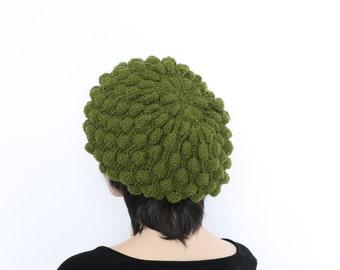 Green Hand Knit hat Woman hat Slouchy hat Winter Green knitted hat Slouch beanie women
