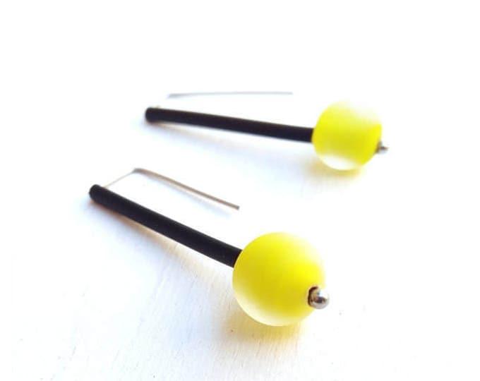 Glass yellow earrings - Lemon glass pendant earrings - Yellow earrings - neon yellow earrings - yellow dangle earrings