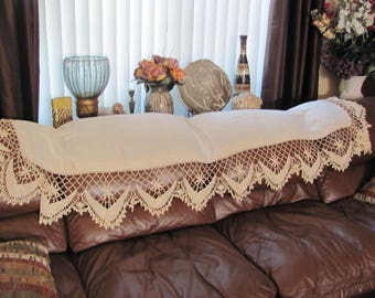 """Beautiful Vintage Linen Buffet Table Mantel Couch Scarf Doily - 24"""" x 76"""" (#137)"""