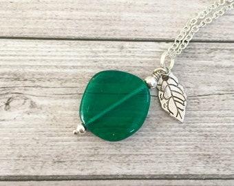 Green necklace for her - Elegant jewelry  for girlfriend - Gifts for wife - Emerald necklace - Silver jewelry for women - Mothers day gift