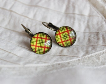 15% OFF Retro chequered yellow and red earrings, antique gold, checkered, paned, simple dangle, squares, glass cabochon earrings, black